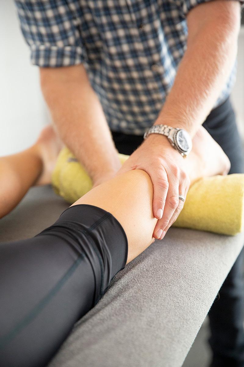 knee injury physio